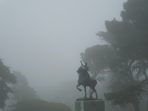It was so foggy,, Sunday, 23 June 2013:  That day, self and The Man had taken son and Jennie to the Legion of Honor.