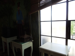 2nd floor of the Negros Museum: Sorry, self was more interested in the window than in the display 9On the white table was a small model of a traditional haciendero's house:  2 floors, square, thatched roof, that's about it.
