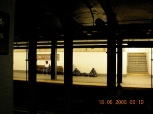 IRT-Lexington Line, 86th Street Station, New York City, August 2006