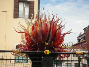 Another example of outdoor art on Murano. This may be a Chihuly.
