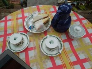 Self's host prepares breakfast for self every morning, imagine that!