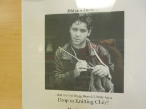 Russell Crowe knits!
