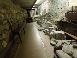 The Crypt Beneath St. Bride's -- It's a very interesting exhibit space.