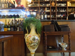 La Falterona, a homey restaurant on via Zannoni